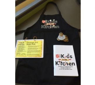 Salvo officer uses cooking lessons to teach kids life skills