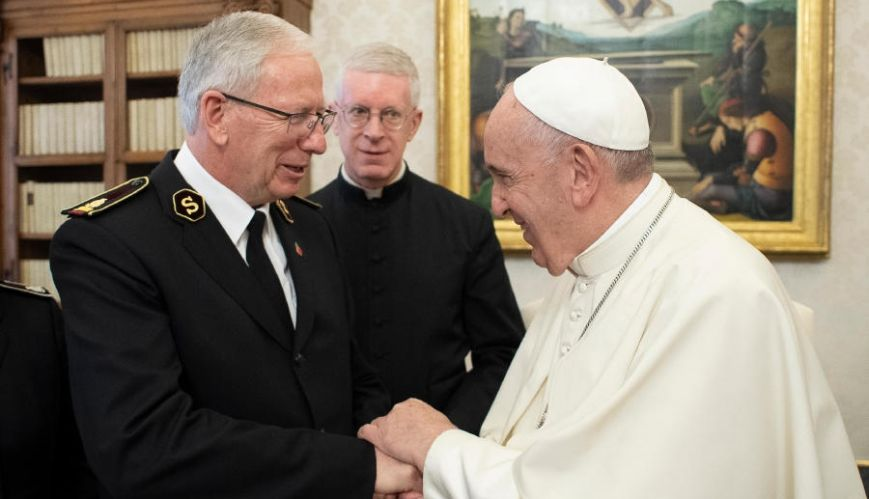 General Peddle meets with Pope Francis