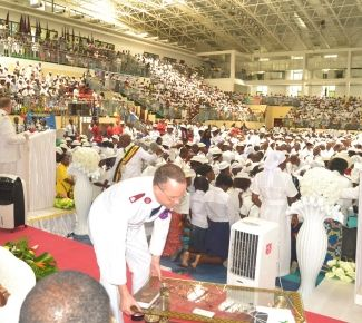 General Cox enrols hundreds of soldiers in the Republic of Congo during the 80 years anniversary celebration