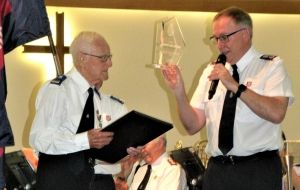 Des honoured for 88 years of banding